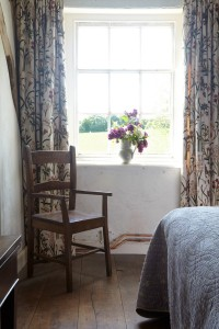 wingfield-college-bedroom-detail